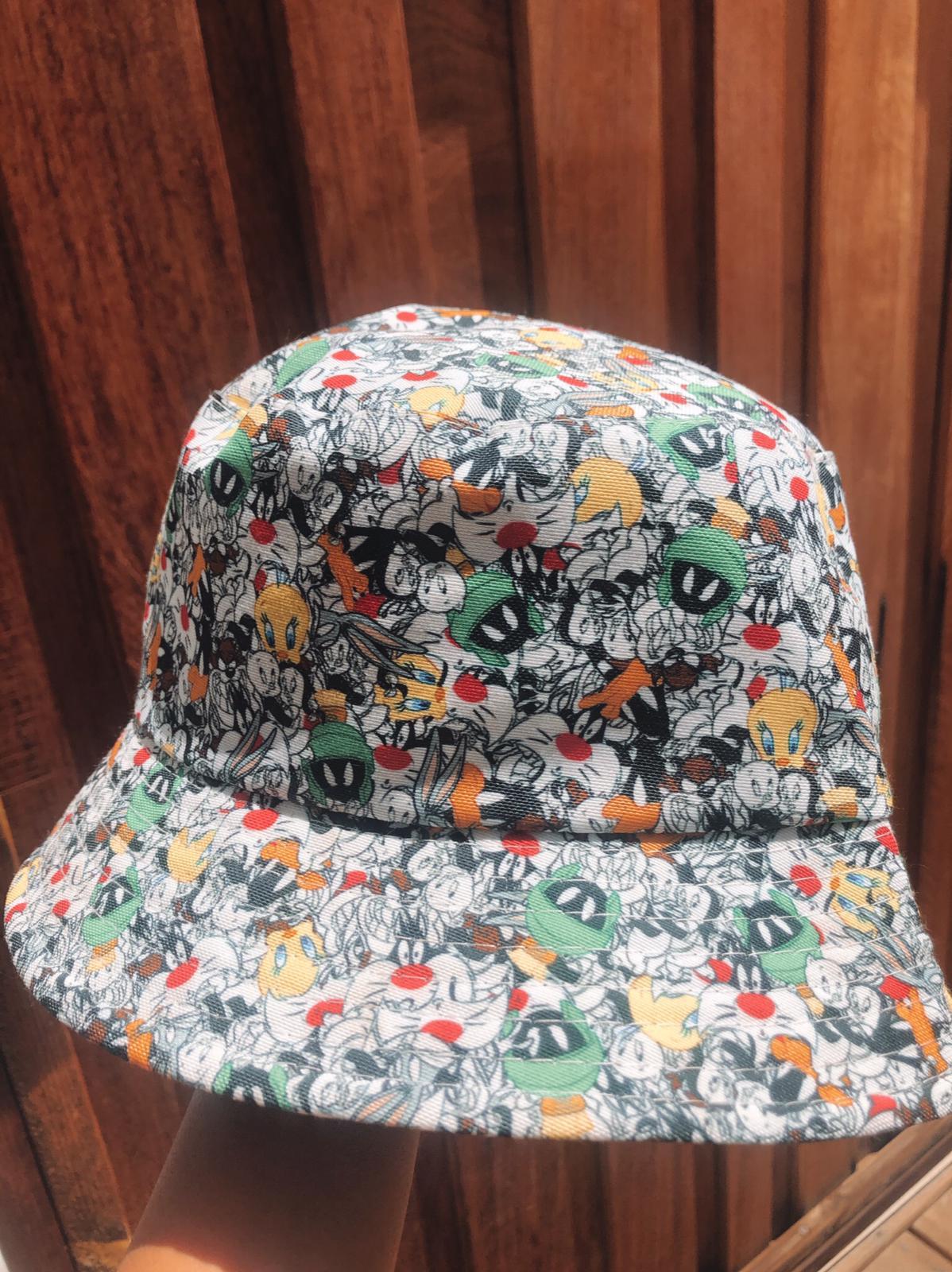 כובע טמבל | קומיקס